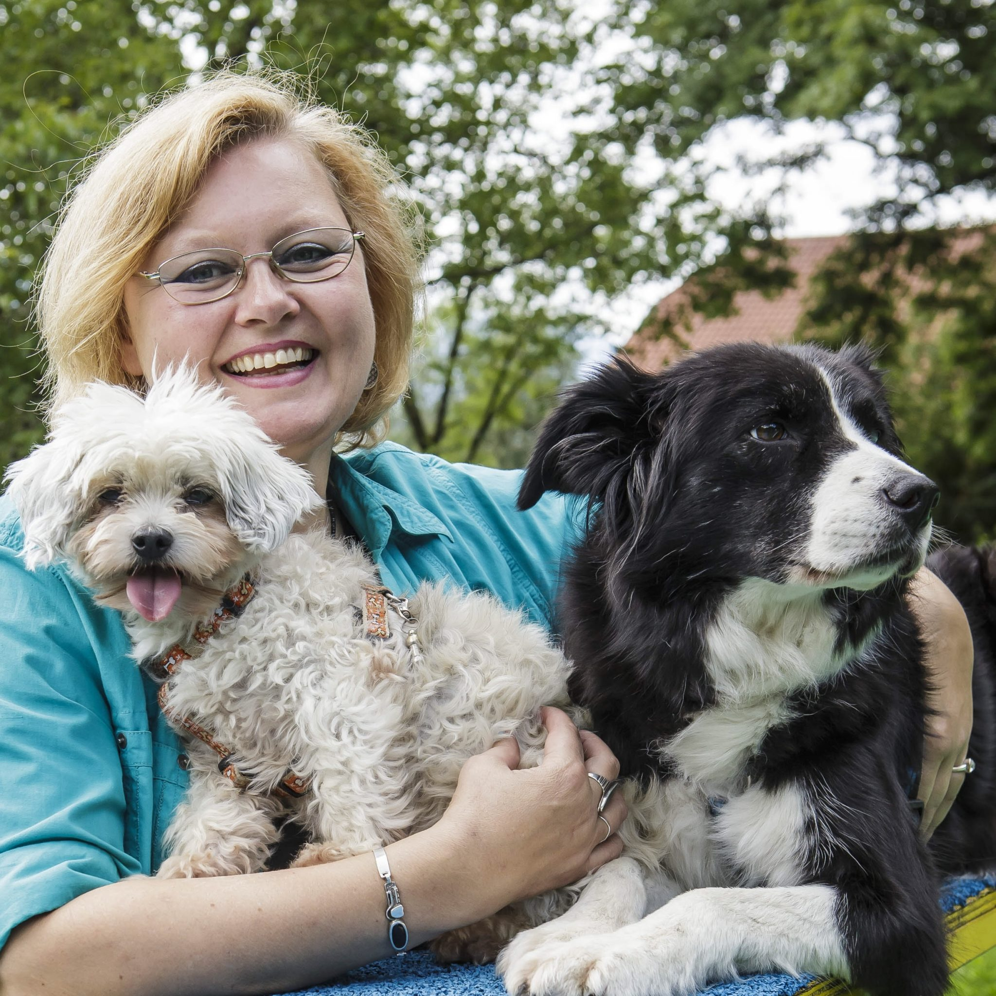 Karin Immler mit Hunden c) Andreas Kolarik Fotografie